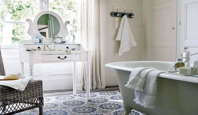Claves románticas para el cuarto de baño