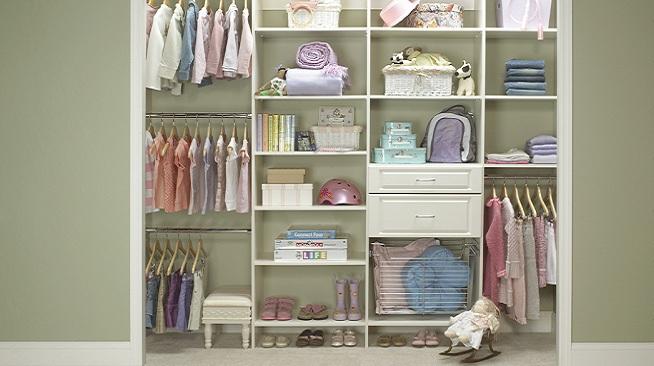 Consejos para ordenar el armario de los ni os - Estantes para juguetes ...