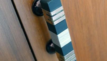 Tiradores puertas cinta