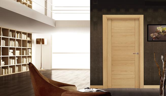 Puertas de interior modernas y decorativas for Puertas madera y cristal interior