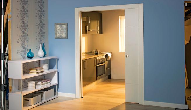 Puertas de interior modernas y decorativas for Puerta corredera blanca