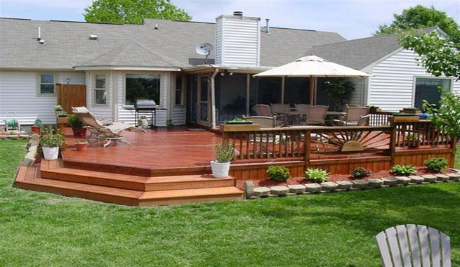 Terrazas de madera para el jard n for Que piscina puedo poner en una terraza