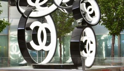cad13-escultura-chanel-2