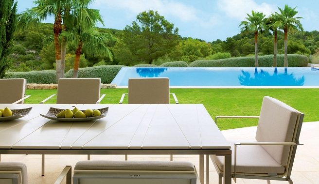 Consejos para escoger la mesa para la terraza o el jard n for Mobiliario terraza jardin