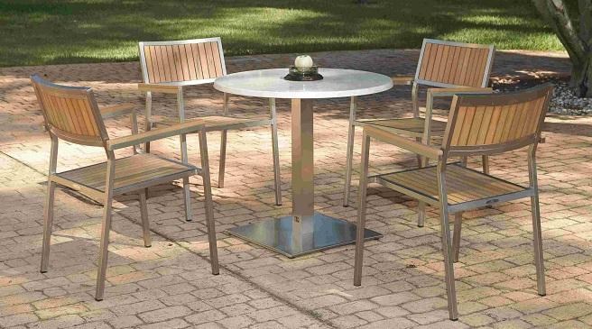 Consejos para escoger la mesa para la terraza o el jard n for Mesas de terraza y jardin