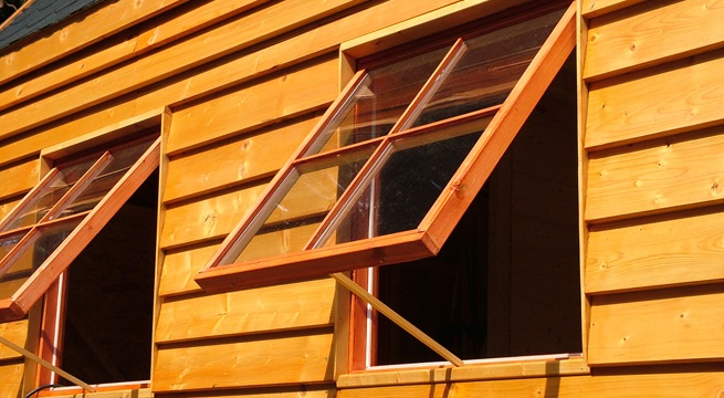 Casa en constructor ventanas de madera aislamiento termico material - Madera aislante termico ...