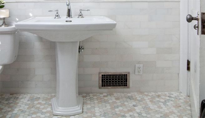 Baño Vintage Moderno:Bano vintage suelo hexagonal