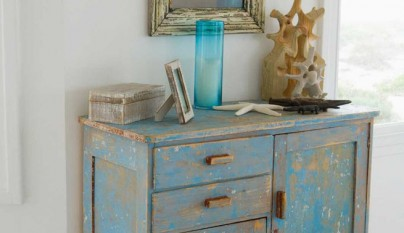 classic-distressed-furniture-design