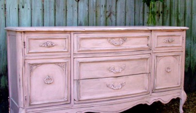 pink-distressed-furniture