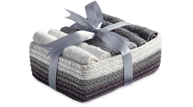 Ideas para guardar las toallas en el ba o - Cesto de trapillo para el bano ...