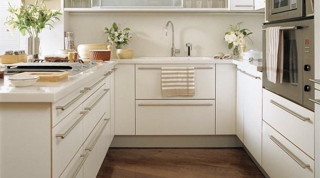 Trucos para aprovechar el espacio de las cocinas peque as - Cocinas pequenas en forma de l ...