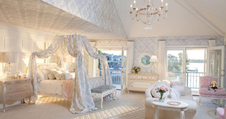 Apuesta por una cama con dosel for Decoracion rococo