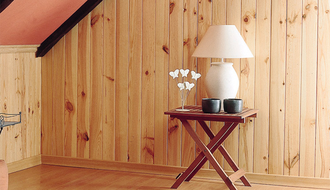 Frisos decorativos - Friso de pino barnizado ...
