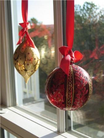 Viste tus ventanas de navidad el rinc n de mila - Como decorar una bola de navidad ...