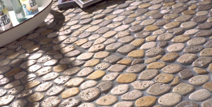 Tipos de suelos para la terraza for Pisos de piedra para terrazas