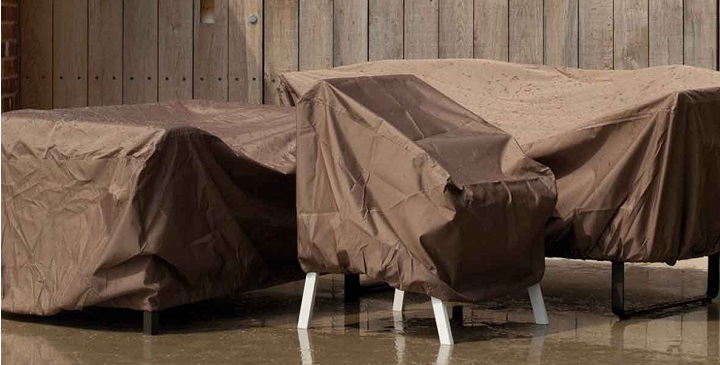 C mo proteger los muebles de exterior en invierno for Sofa plastico exterior