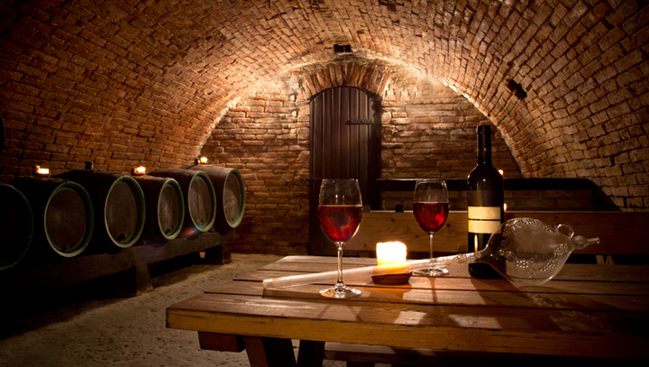C mo decorar una bodega for Muebles para bodegas rusticas