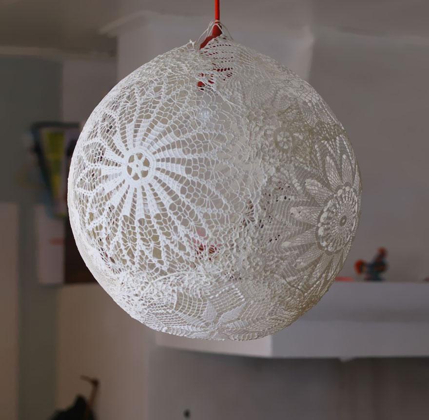 L mparas originales hechas con material reciclado - Lamparas de techo hechas en casa ...