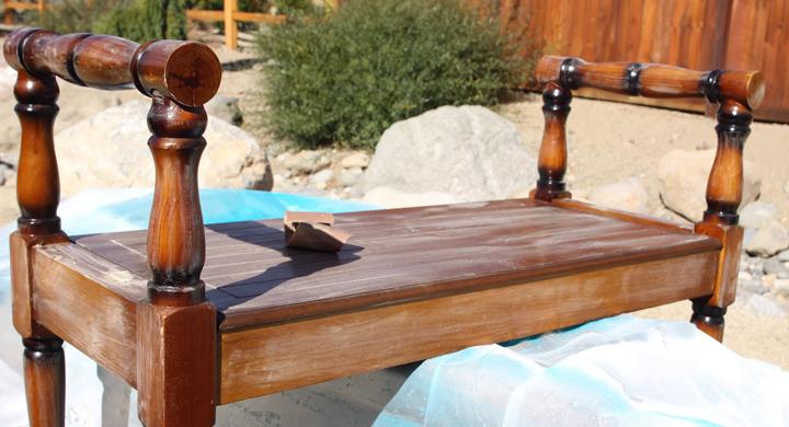 C mo pintar un mueble para que parezca antiguo for Que es un canape mueble