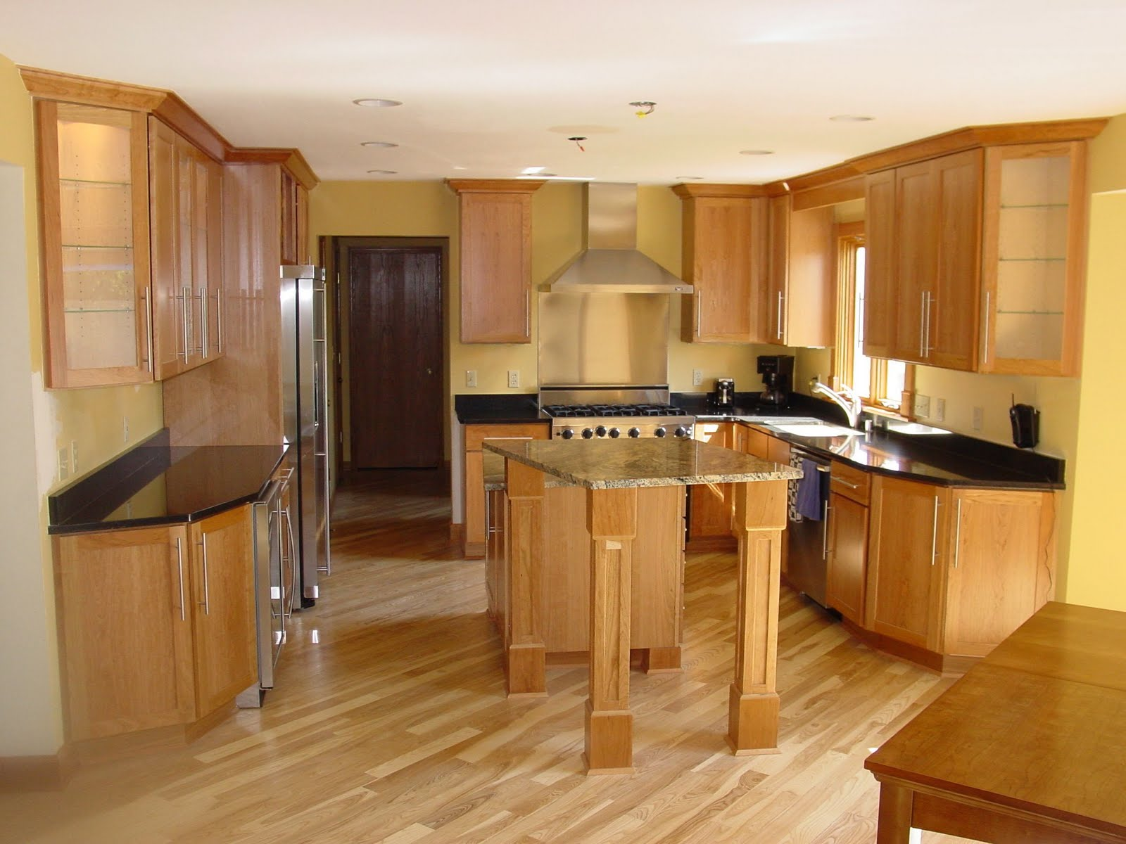 Fotos de cocinas de madera for Cocinas integrales imagenes