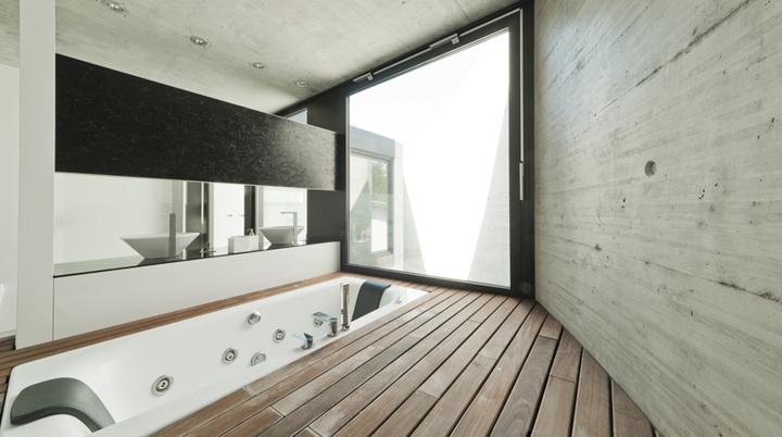 Decoración de interiores con paredes de hormigón