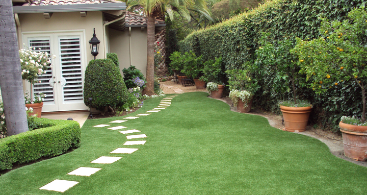 C sped artificial barato for Jardines de cesped artificial