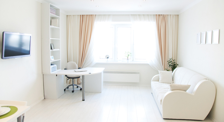 salon con cortinas