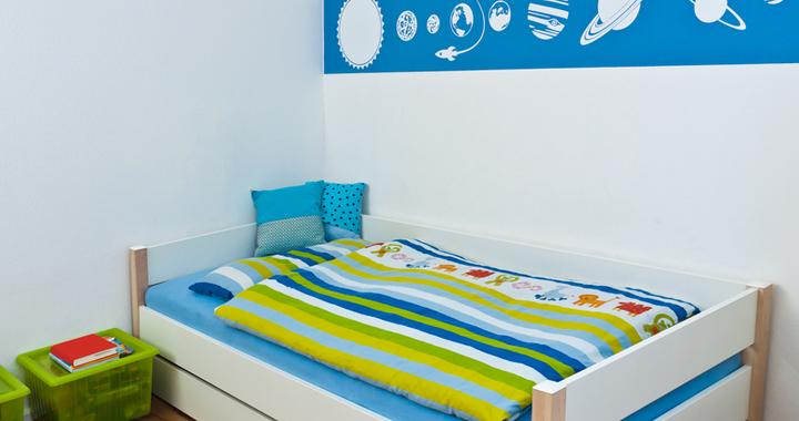 habitacion con motivos en azul