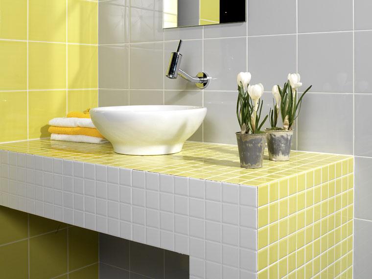 Baños Amarillos Pequenos:Azulejos de colores para el bano23