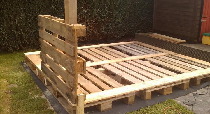 Casas hechas con palets for Como hacer una caseta de jardin barata