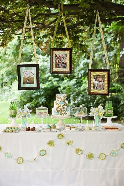 Decoracion Baño Boda:Frames Hanging From Trees