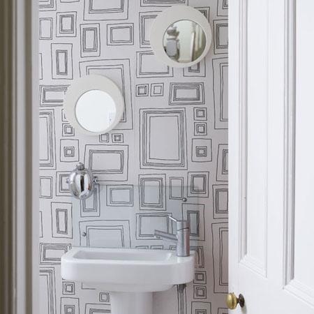 Paredes decoradas con papel tapiz - Papel pintado sobre azulejos ...
