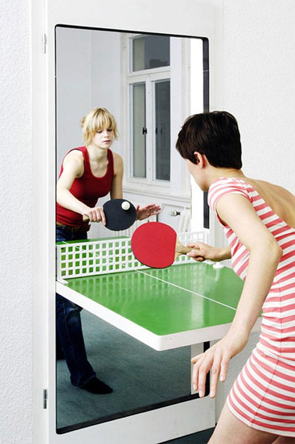puerta y mesa de ping-pong