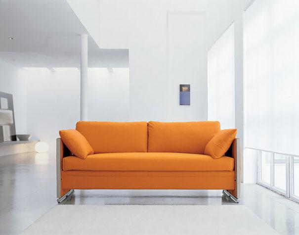 sofa y dos literas