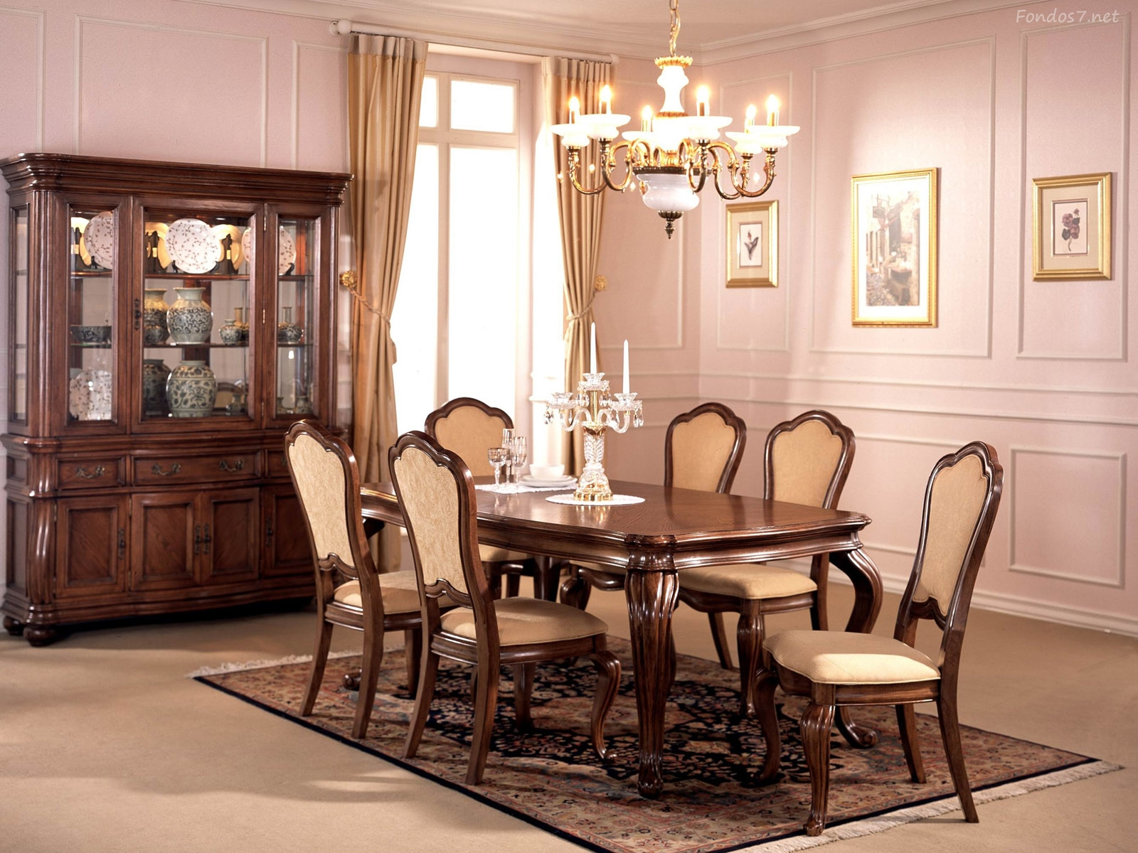 Fotos de comedores decorados for Homes with beautiful dining rooms
