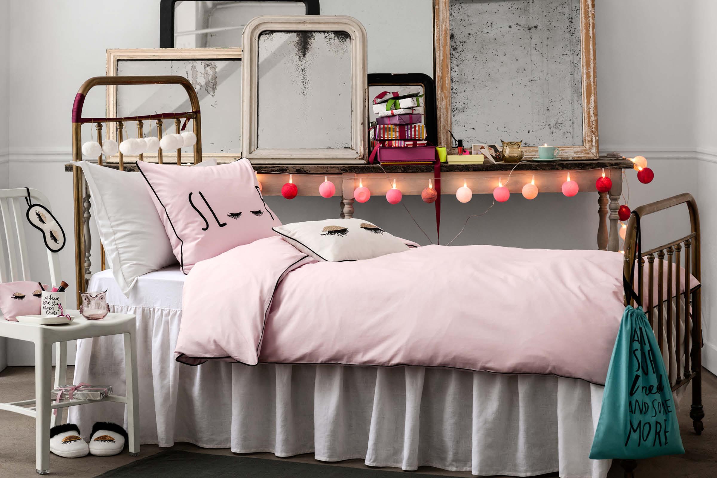 hm home navidad 201411. Black Bedroom Furniture Sets. Home Design Ideas