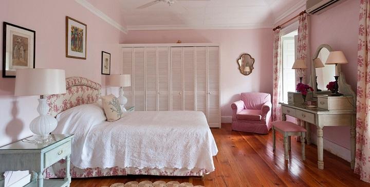 Decoraci n rosa para el dormitorio for Rosas de decoracion
