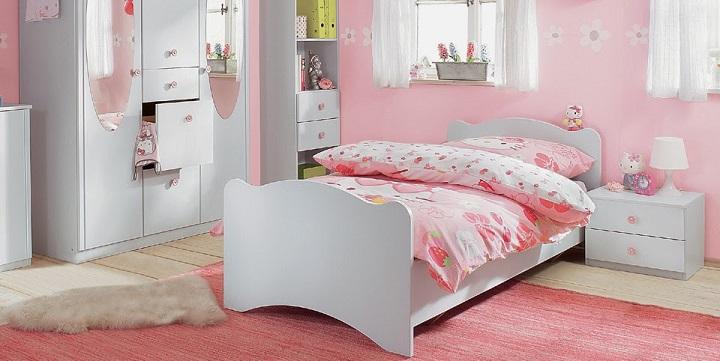 Dormitorios infantiles en blanco y rosa for Dormitorio gris y blanco
