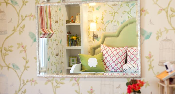 decorar un dormitorio con flores