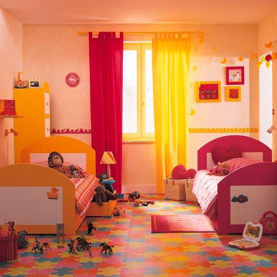 C mo decorar un dormitorio compartido por un ni o y una ni a for Dormitorio nina barato