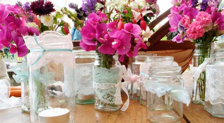 ideas para decorar centros de mesa con flores. Black Bedroom Furniture Sets. Home Design Ideas