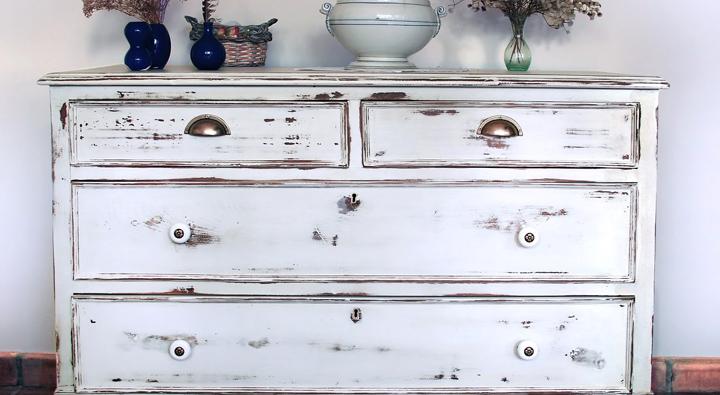 C mo envejecer un mueble de madera - Como restaurar un mueble de madera ...
