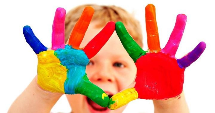 decoracion colores primarios