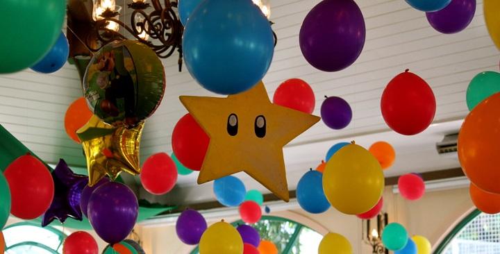 Decoraci n de fiestas con globos for Guirnaldas para fiestas infantiles