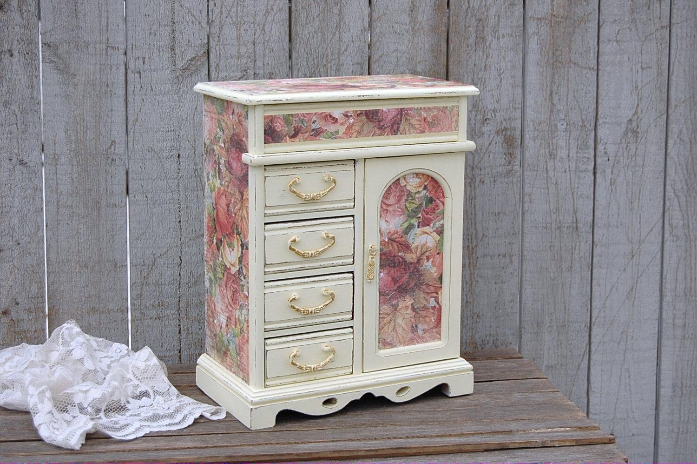 Decoupage muebles 9 for Decoupage con servilletas en muebles