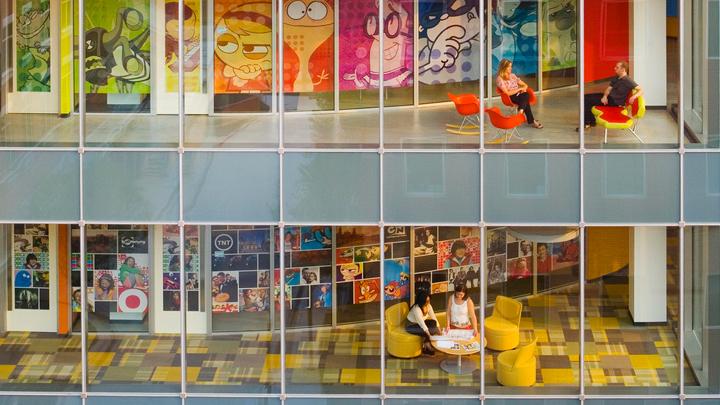 Las oficinas m s creativas y originales del mundo for Decoracion de oficinas creativas