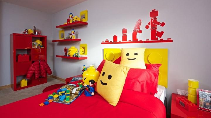 Decoraci n con piezas de lego for Decoracion de piezas