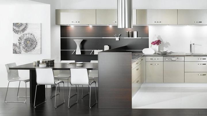 como decorar una cocina mas amplia y luminosa