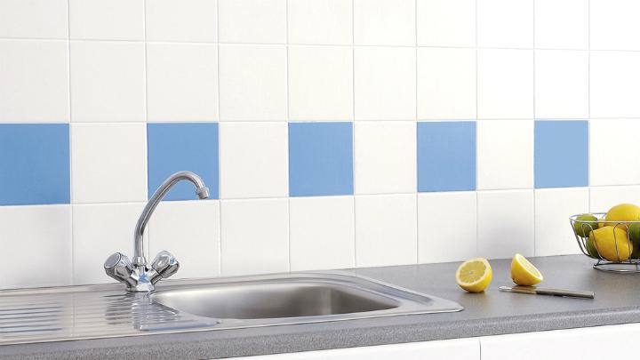 C mo pintar los azulejos de la cocina - Como pintar azulejos ...