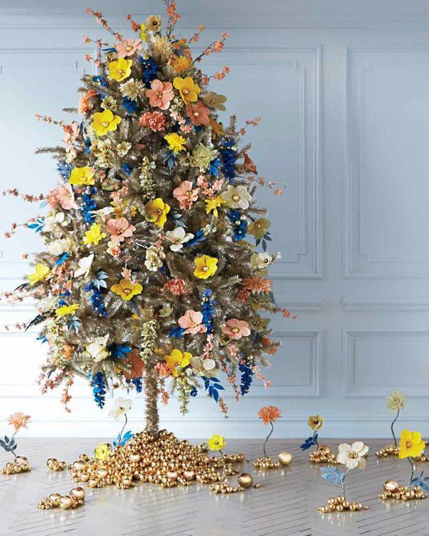 arboles de Navidad con flores 8